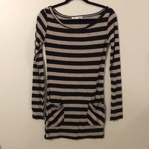 Urban Behaviour Black & Grey Striped Tunic Medium